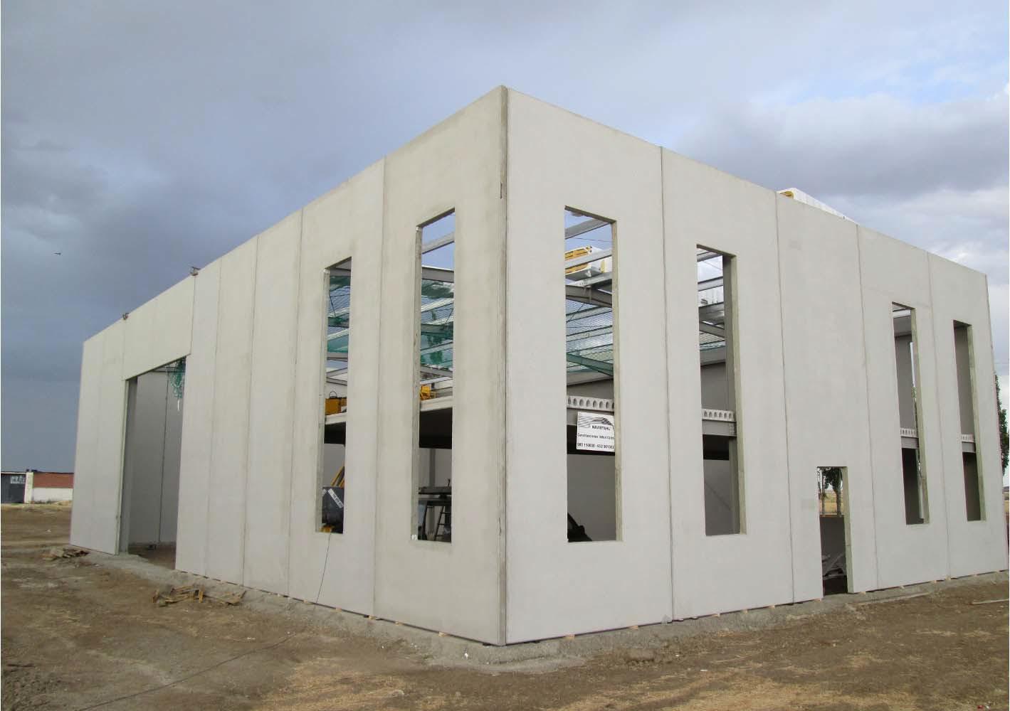 Paneles macizos con aislante placas alveolares toledo for Paneles aislantes para fachadas