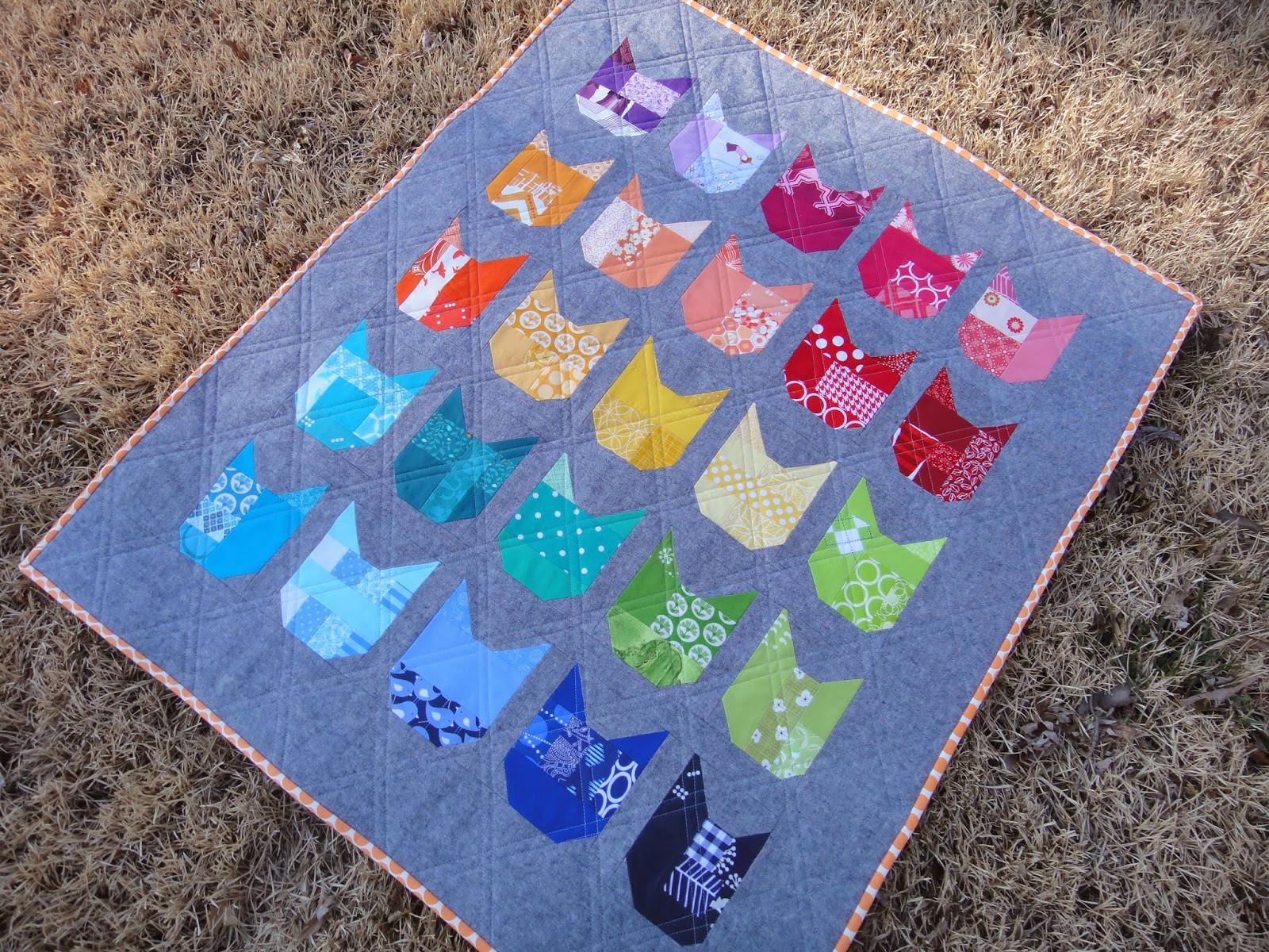 http://ablueskykindoflife.blogspot.com/2014/03/catty-kitty-quilt-finished.html