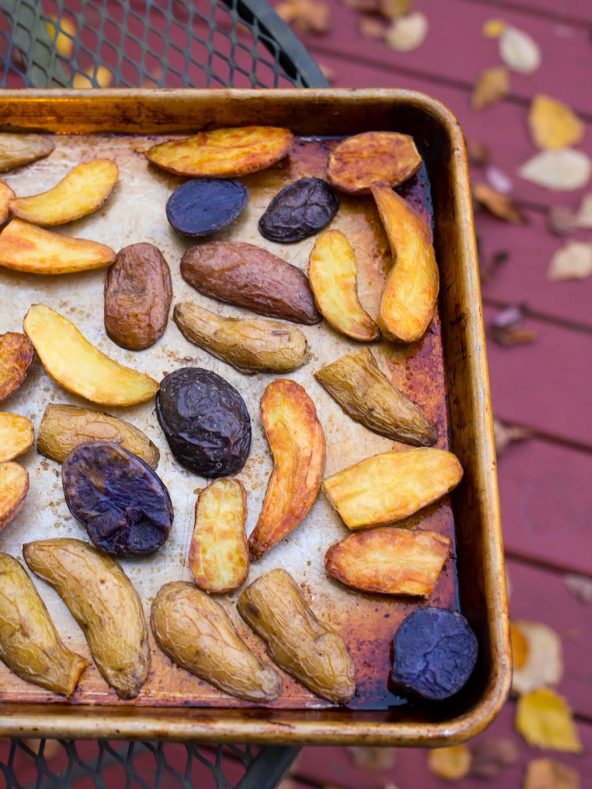 Roasted Fingerling Potato Crisps Recipe — Dishmaps