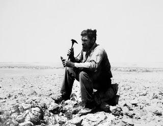 بدايه اكتشافات البترول في الجزيره العربيه 1937.jpg
