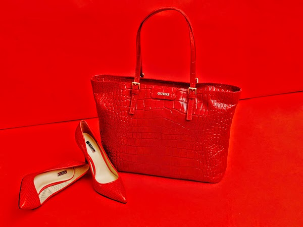 Guess Bolso Croc Kerry Bag rojo