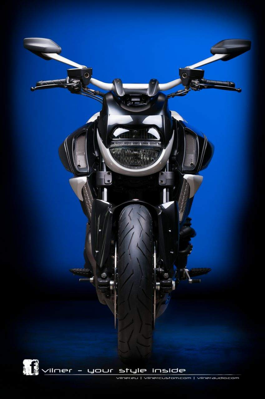 Ducati Diavel AMG by Vilner | Ducati Diavel AMG | Ducati Diavel AMG specs | Ducati Diavel AMG price | Ducati Diavel AMG for sale | Ducati Diavel AMG review | Ducati Diavel AMG top speed | Ducati Diavel AMG jacket