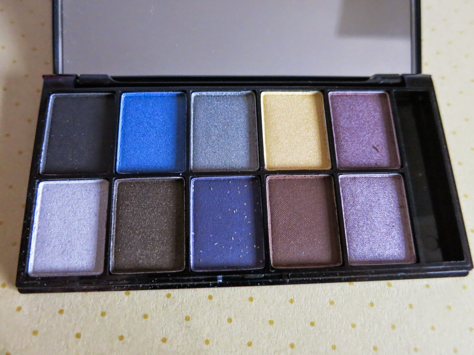 NYX 10 colour eyeshadow palette jazz night