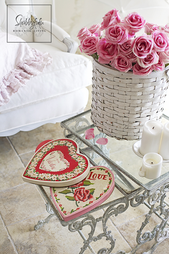 Styling A Romantic Living Room For Valentines Day
