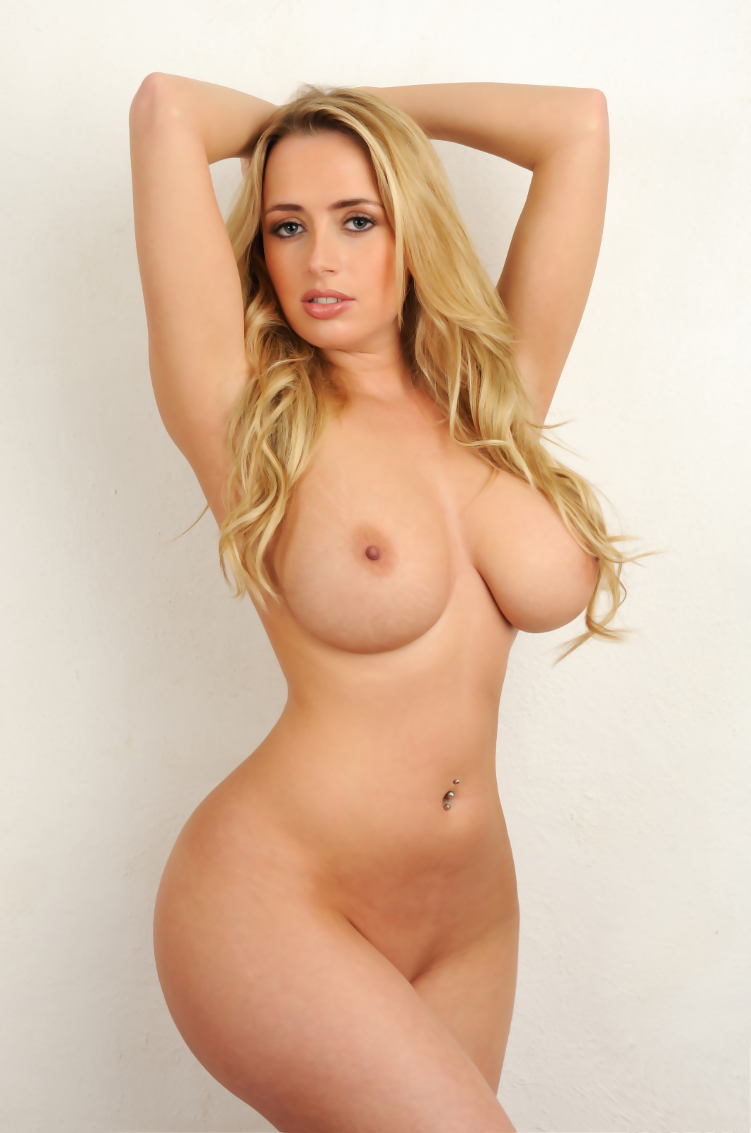 Sexy full figured women nude fucking