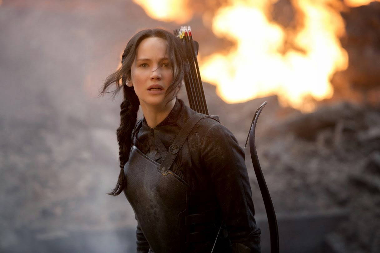Download The Hunger Games: Mockingjay – Part 1 (2014) 720p BluRay 820MB+All Subtitle