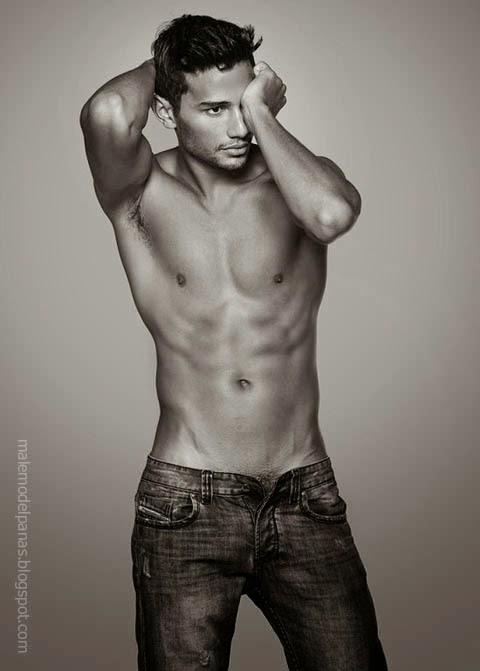 George Alves Irineu shirtless