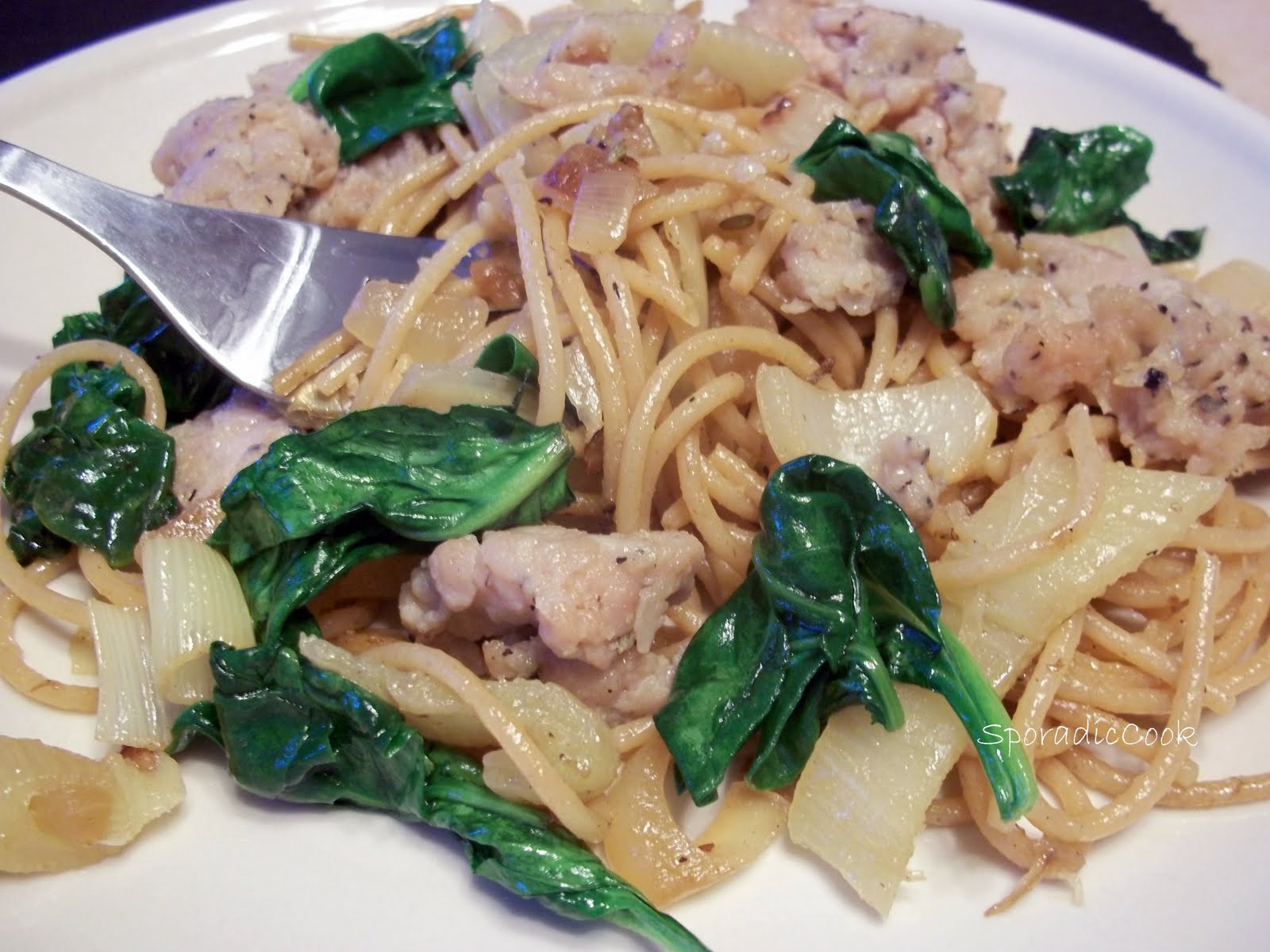 The Sporadic Cook: Pasta with Caramelized Fennel and Onion