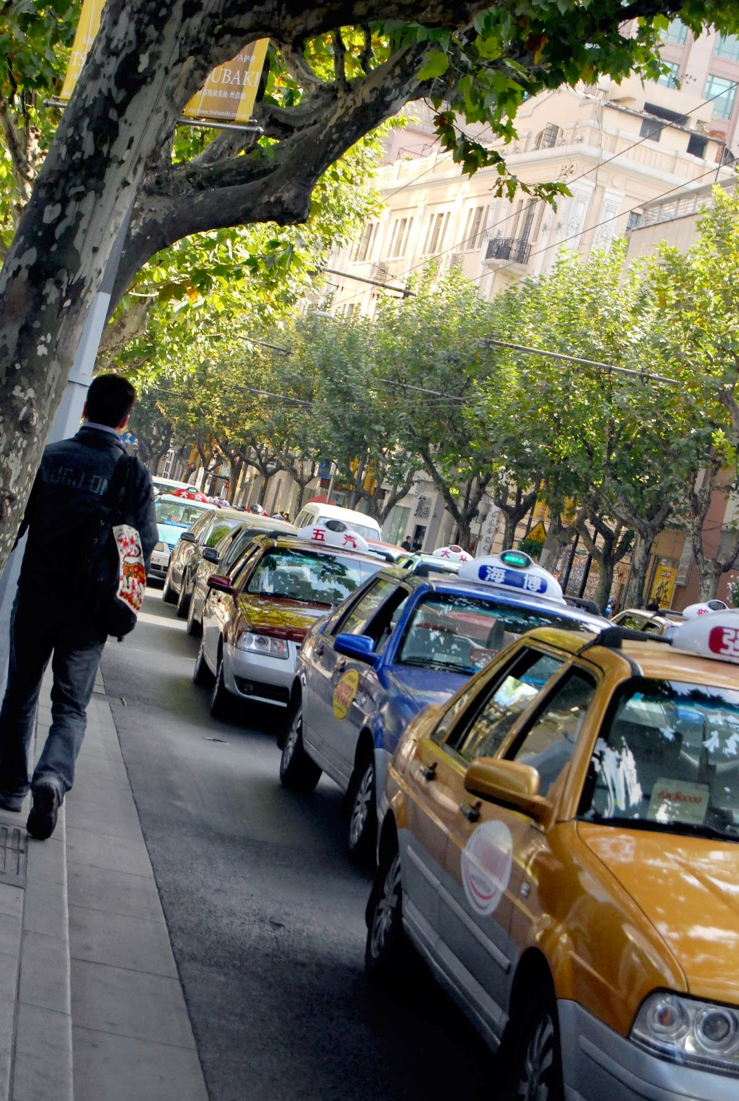 上海、タクシー画像