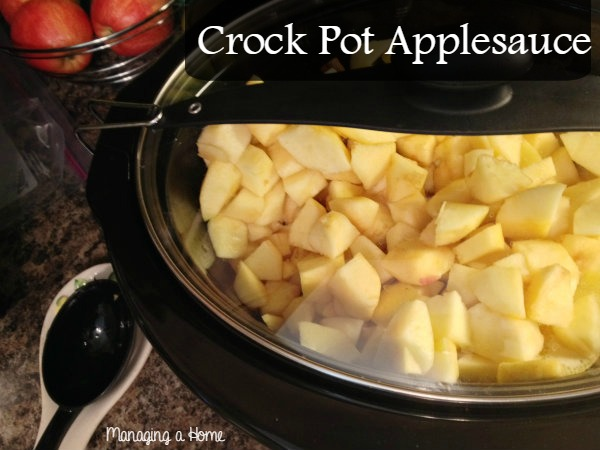 Slow Cooker Applesauce | Managing a Home
