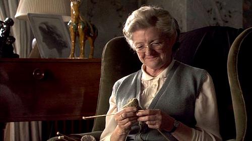 La lectora omnivora miss marple una viejita canchera for Miss marple le miroir se brisa