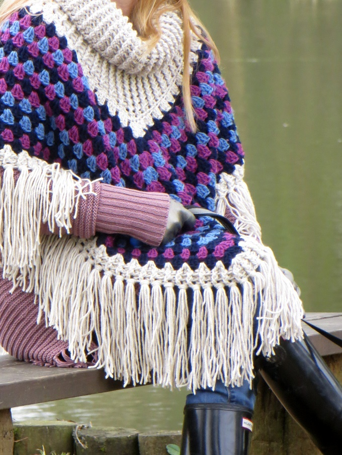 That Poncho From Simply Crochet Issue 25 Lazy Daisy Jones