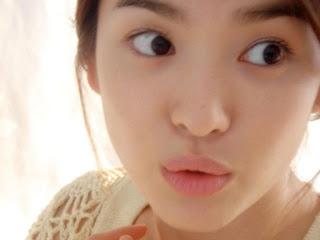 lata belakang song hye kyo