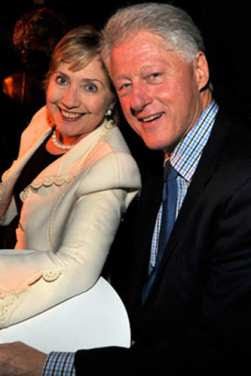 Hilary Clinton's mother dies