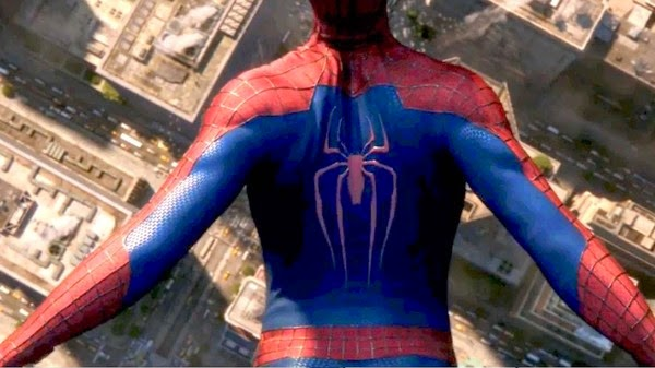 Spider-man floats towards New York in The Amazing Spider-man 2.