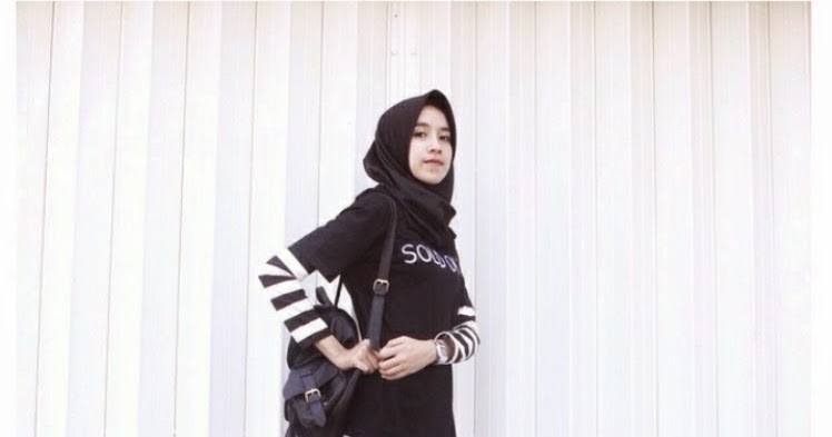 Fashion Hijab With Sneakers Yang Modern Fashion Hijab