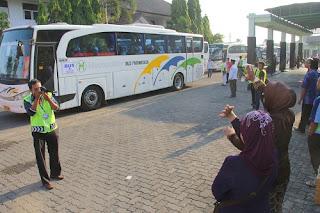Sore Jamaah Haji Kota Tegal Tiba