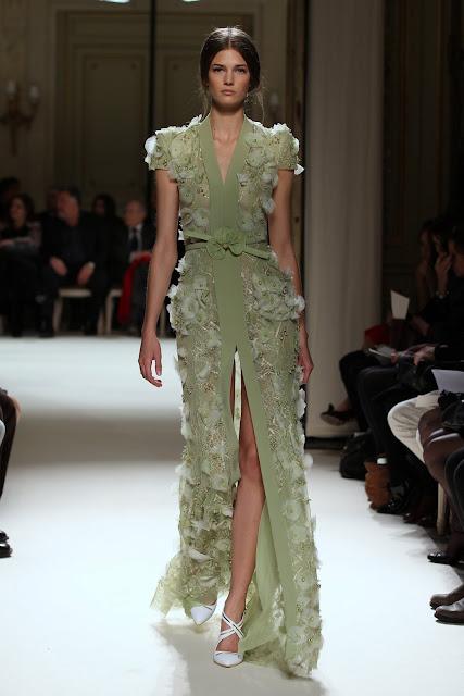 جورج حبيقه - Georges Hobeika Couture Spring Summer 2012 65.jpg