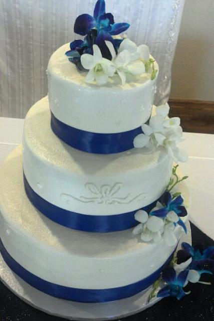 White almond sour cream cake ~ Mocha mousse filling ~ Buttercream ...