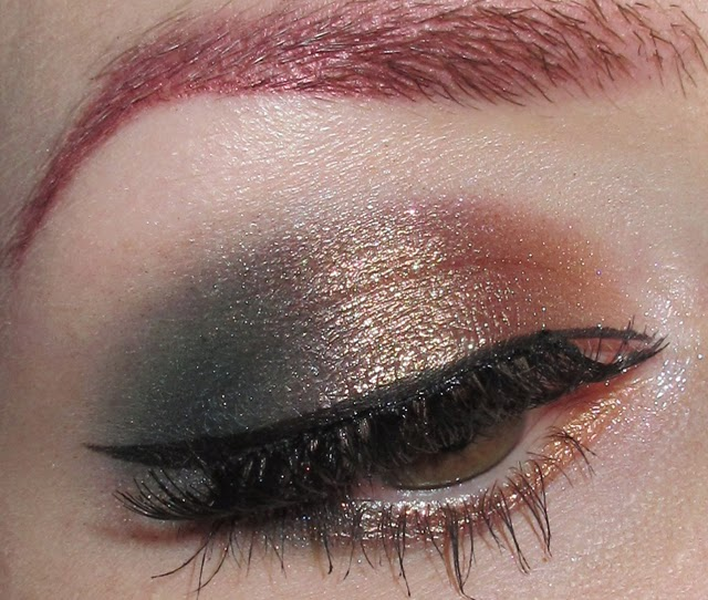 http://themoonmaiden-blix.blogspot.com/2014/12/golden-copper-and-teal-eye-makeup-look.html
