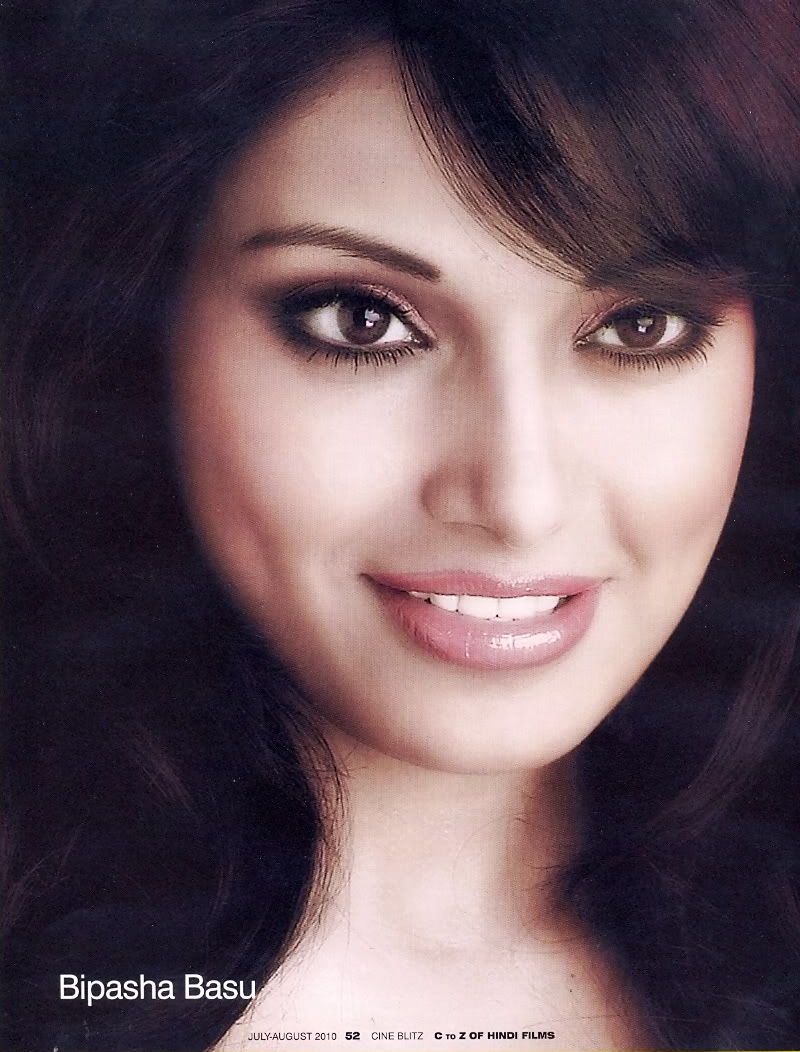 bipasha basu close up wallpaper1 - bipasha basu face close up wallpaper