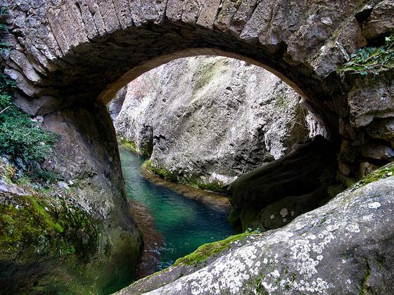 imagen_merindades_burgos_paraiso_ideas_norte_travel_visit_spain_pueblo_rio_agua_herran_puron_desfiladero