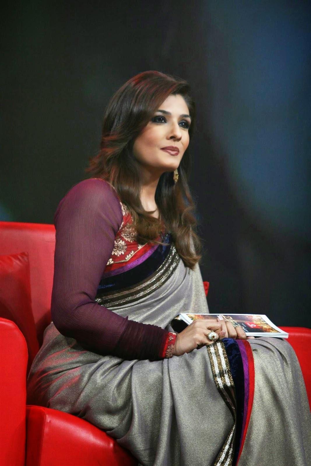 raveena tandon hosting the waheeda rehman special episode