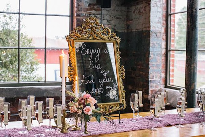 12 Delightful Ways To Use Wedding Signs Throughout Your Wedding - Lead Guests To Cocktail Hour And Feature Signature Drinks