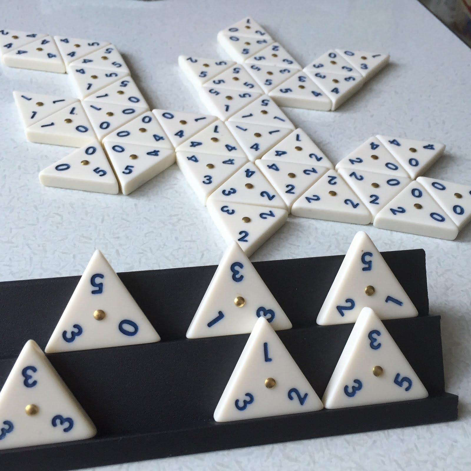 三角ドミノ