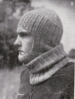 Knitted_balaclava_WW2