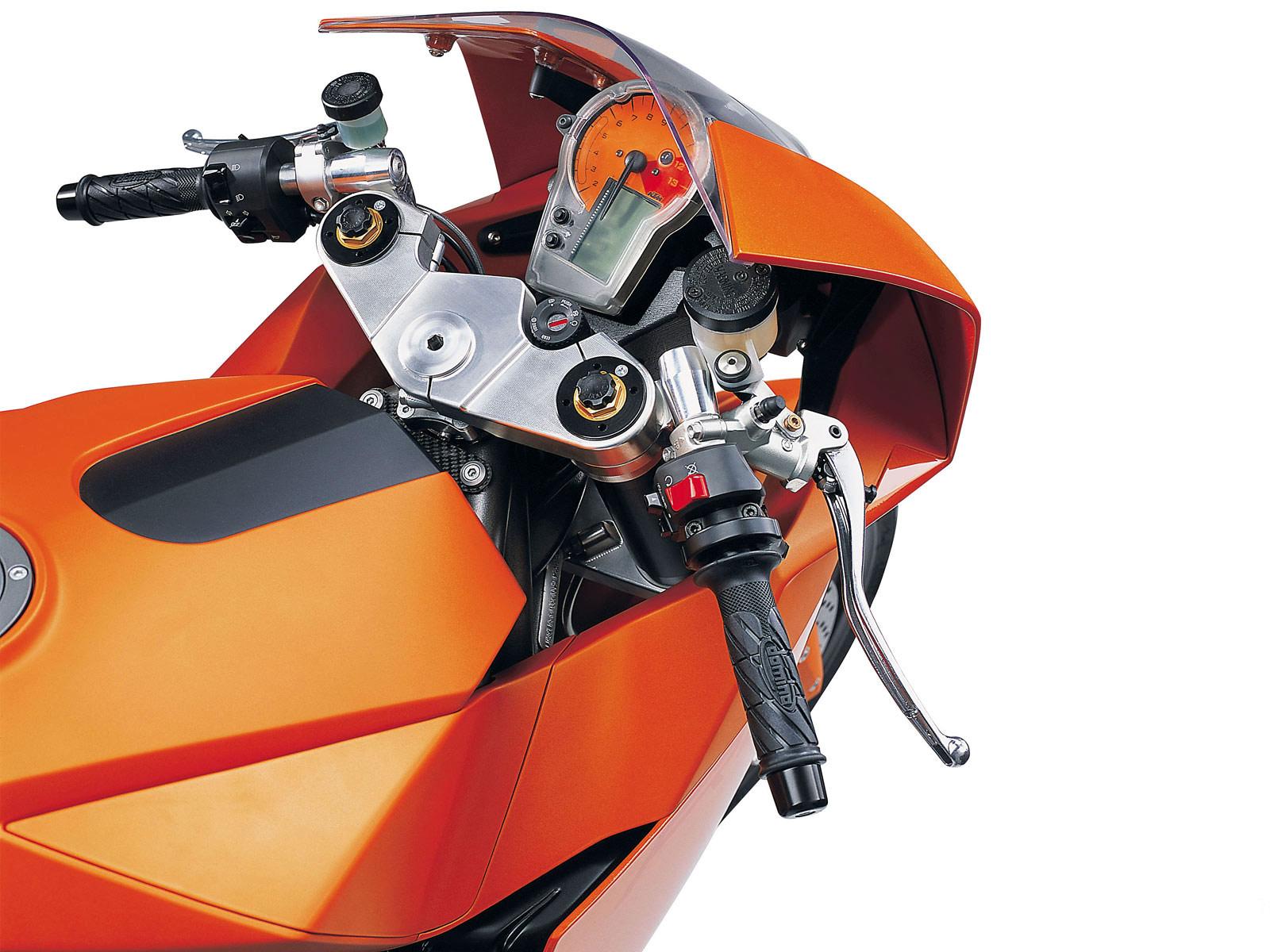 http://3.bp.blogspot.com/-3cqjHRGmpcU/TibAcEbUtbI/AAAAAAAAANE/BXrWADSNu6A/s1600/ktm_990_RCB_Concept_2003_motorcycle-desktop-wallpaper_10.jpg