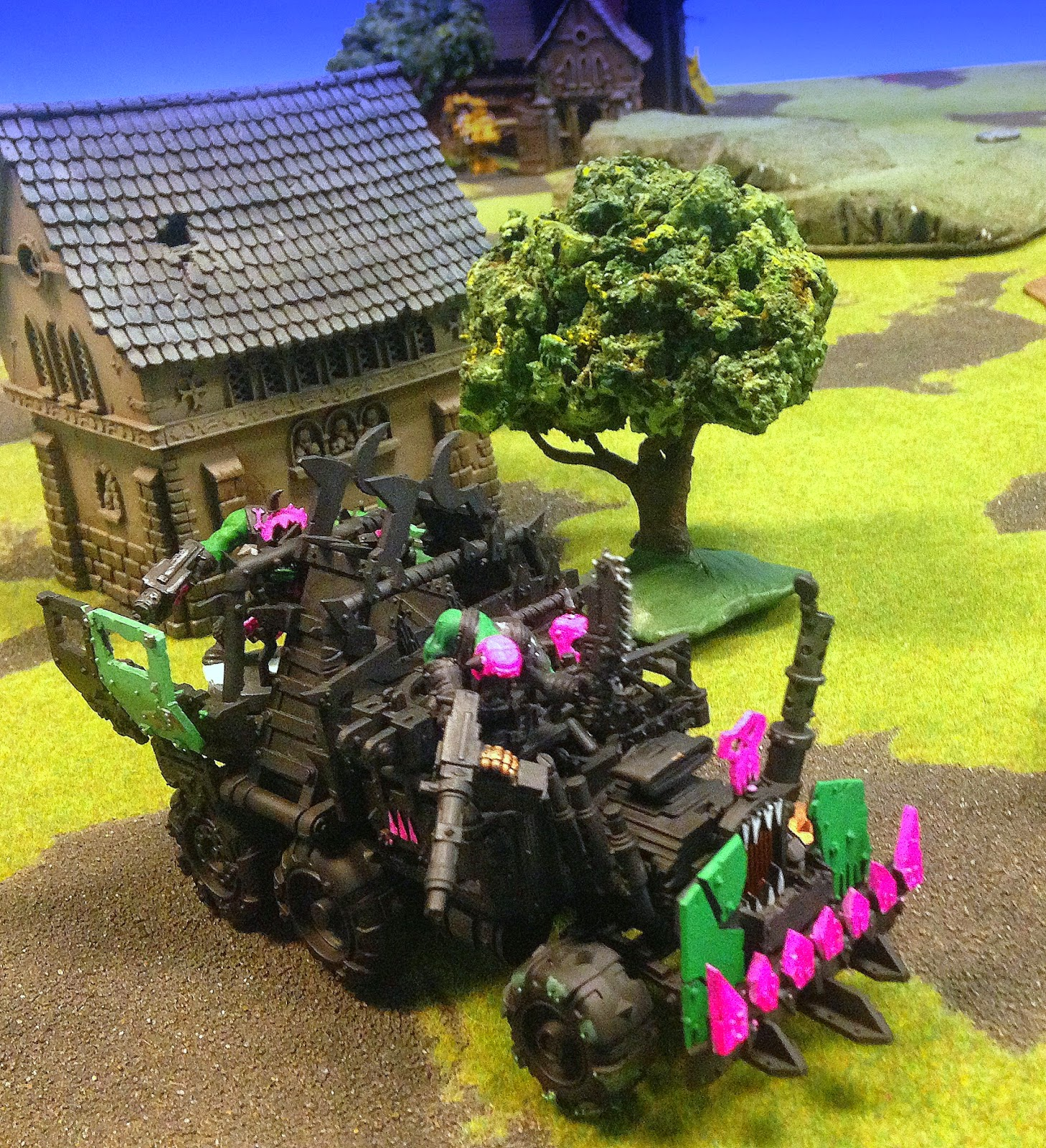 Pink Orks, Pink Orkys, Pink Trukk, Warhammer 40K, Battle Gaming One