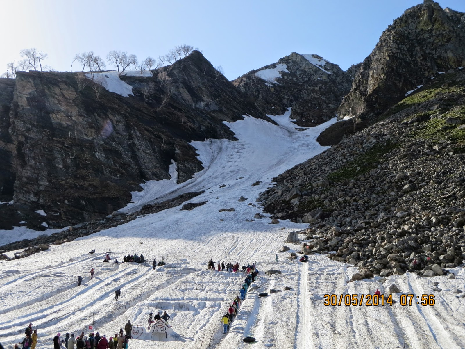 Manali - Ski slope at Rohtang Pass