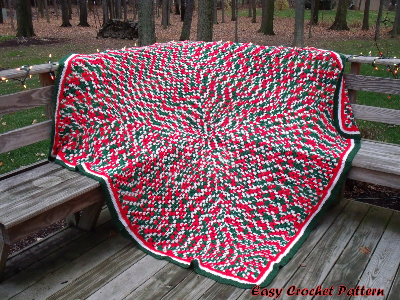 Crochet Afghan Pattern : Easy Crochet Pattern: Crocheted Christmas Afghans and Tree Skirt