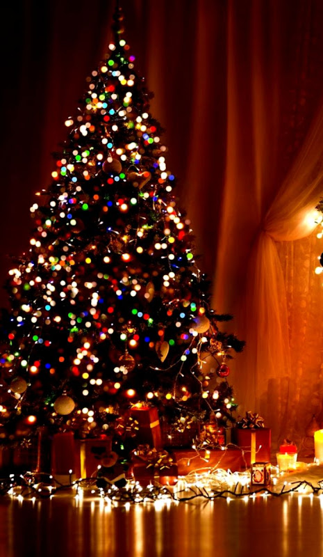 Christmas Glowing Tree Wallpaper For Iphone