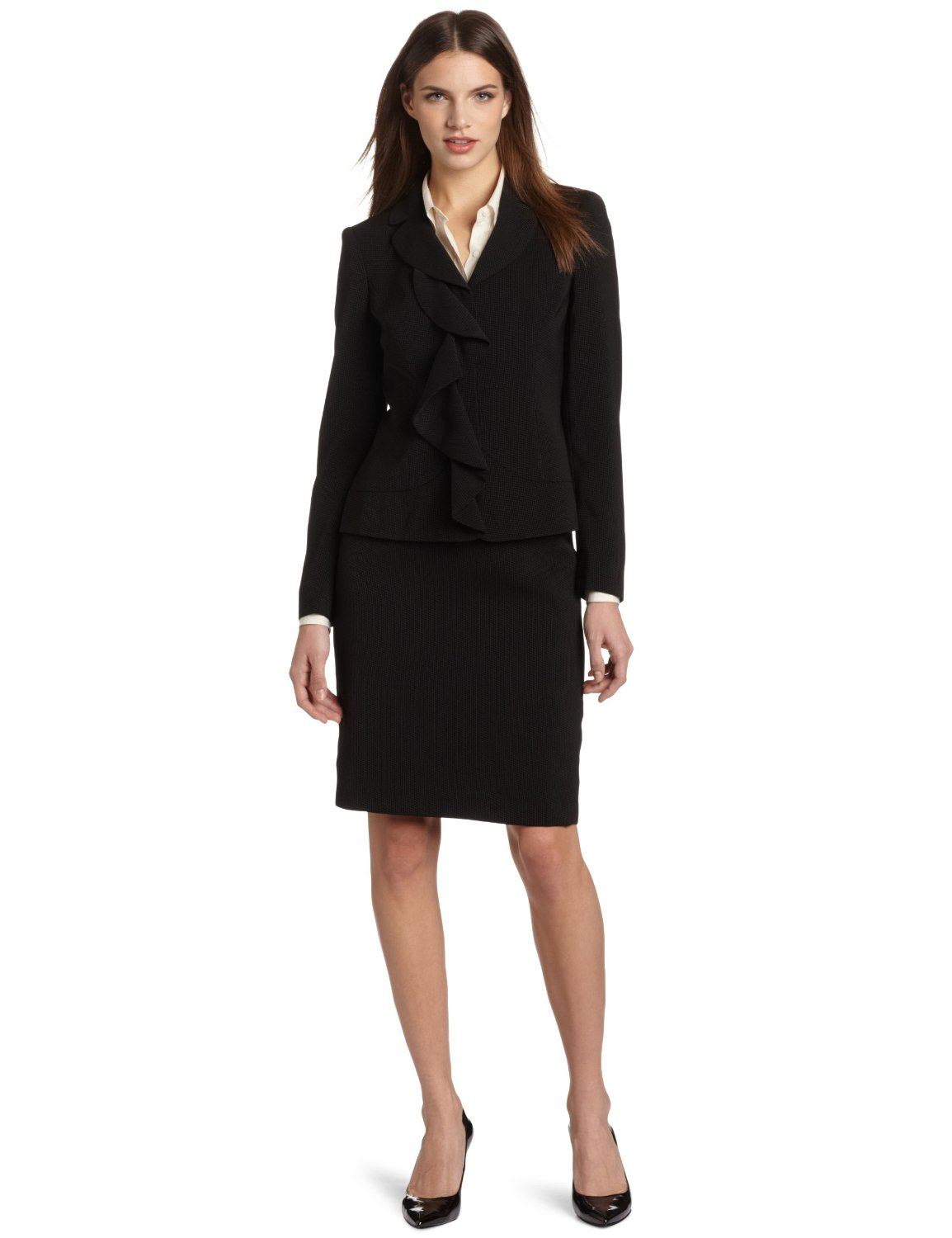 Elegant Clothing Should Be Attractive Without Being A Distraction Inappropriate Attire Will Direct Attention Away From The Employees Message And Skills Here Are A Few Essential Items Every Corporate Wardrobe Should Contain Women Must Have A