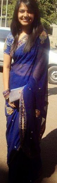 Desi Girls Looking Sexy in Saree indianudesi.com