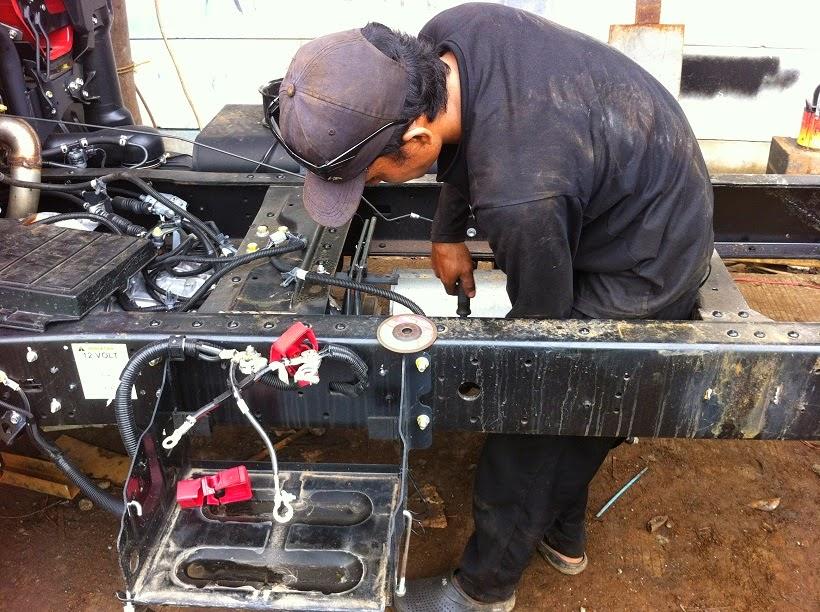 Repair dan perbaikan chassis