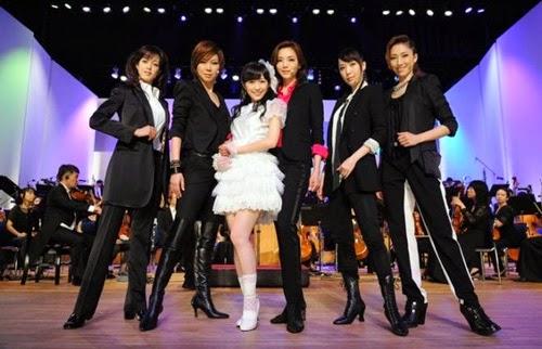 http://3.bp.blogspot.com/-3dlZTvNhF9U/U9ZovWjWpaI/AAAAAAAAVmg/Q9akZ-z51sY/s1600/Watanabe+Mayu+and+Takarazuka.jpg