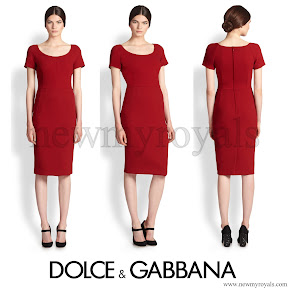 Crown Princess Mary wore Dolce and Gabbana-Red Wool Crepe Scoopneck Dress