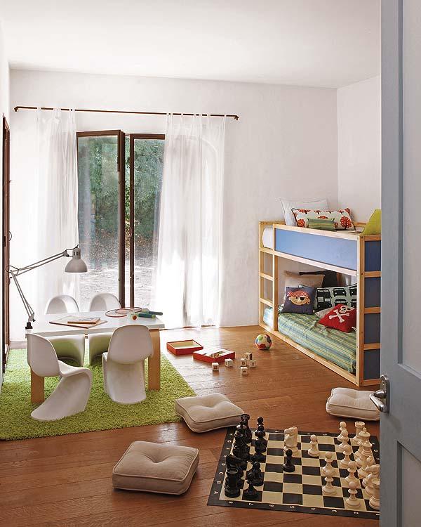 Sillas panton en la habitaci n de los ni os baby deco - Sillas para habitacion ...