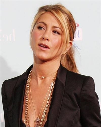 Jennifer Aniston  Hairstyles Photos qHLg1