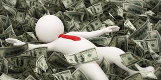 Tidur di atas uang