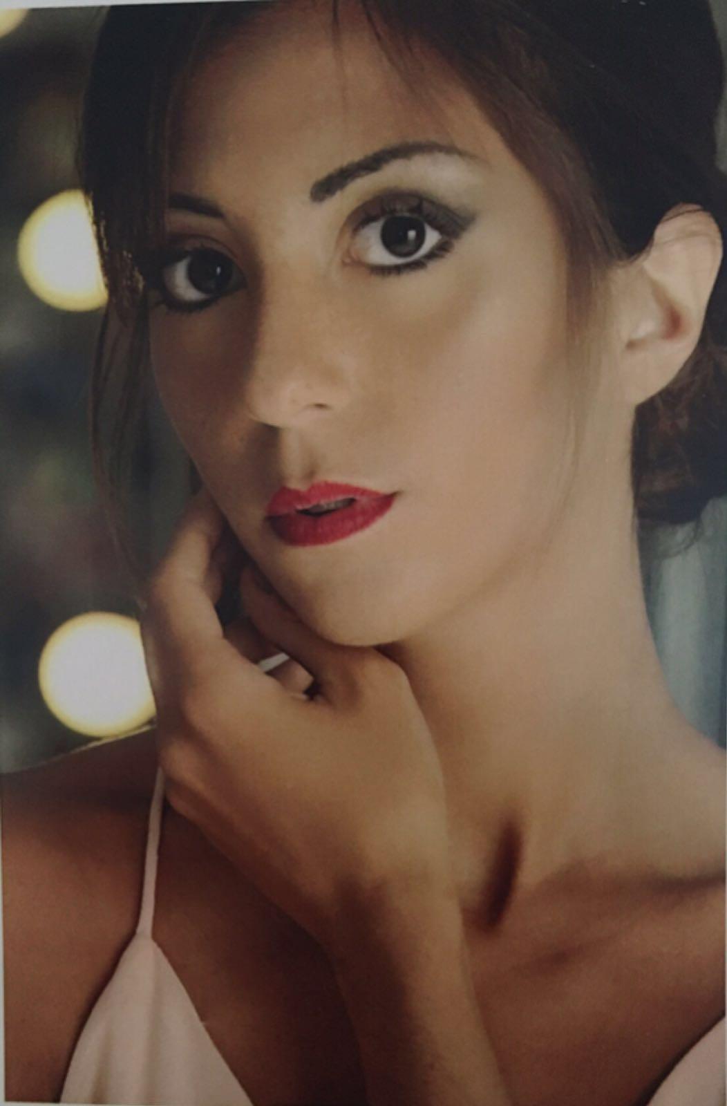 ♥  Vanessa