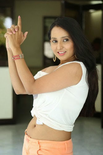 Ishika Singh New Hot Stills