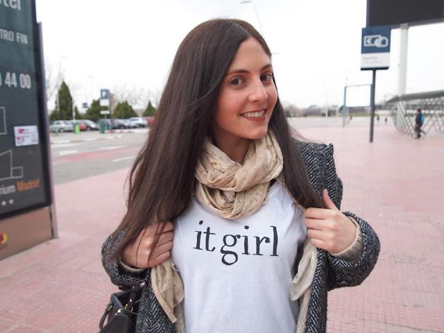 it girl tee