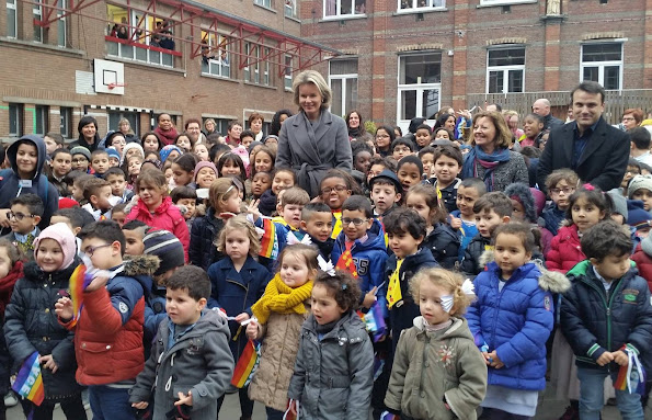 Queen Mathilde of Belgium visited the Sint-Guido/Sint-Pieter school in Anderlecht to learn about their mediation projects.