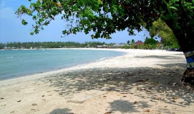 Objek wisata Pantai Bandengan 4