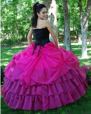 Vestidos de 15 negro con rosa