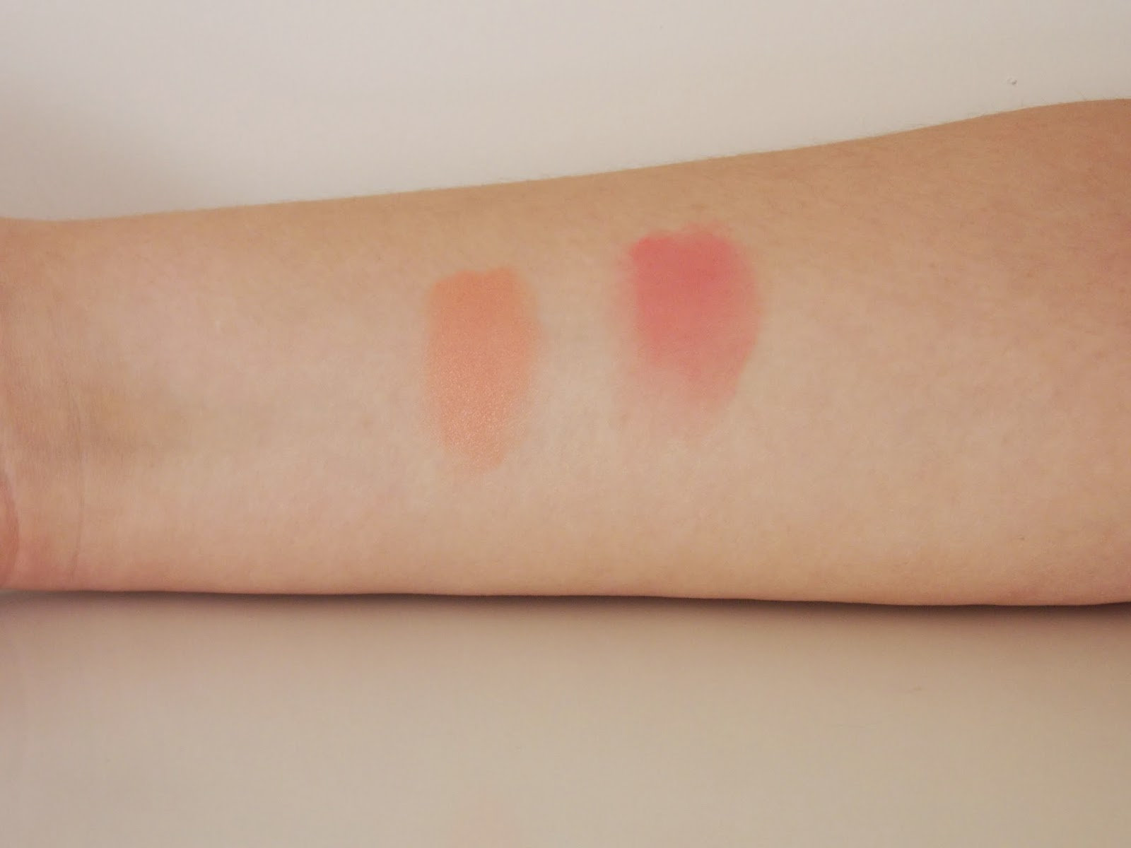 Illamasqua Blusher Rude and Hussy - swatches